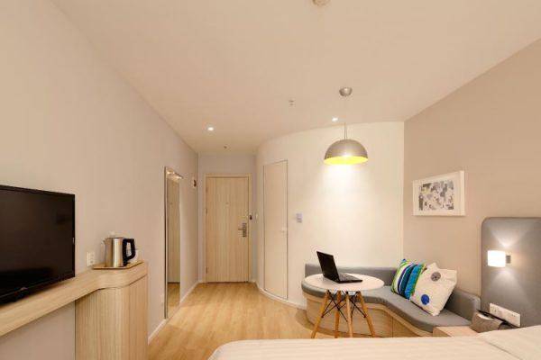 yatak-odası-dekorasyon-tadilat-tavan-spot-boya